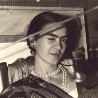 La rivoluzione di essere Frida. L'arte di essere Frida